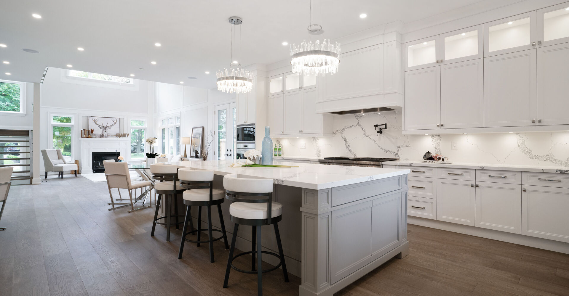 Custom Home Builders and Contractors in Burlington, Ontario, Canada