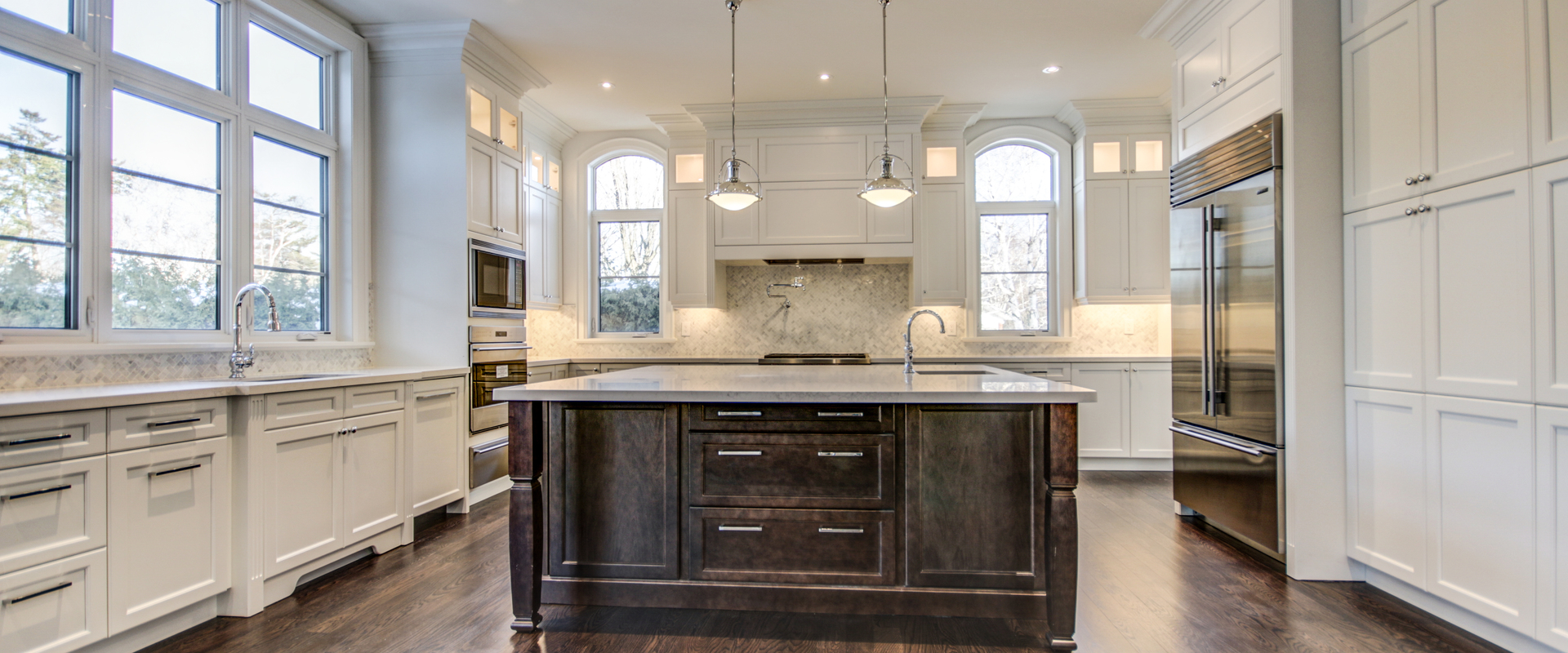 Custom Home Builders and Contractors in Oakville, Ontario, Canada